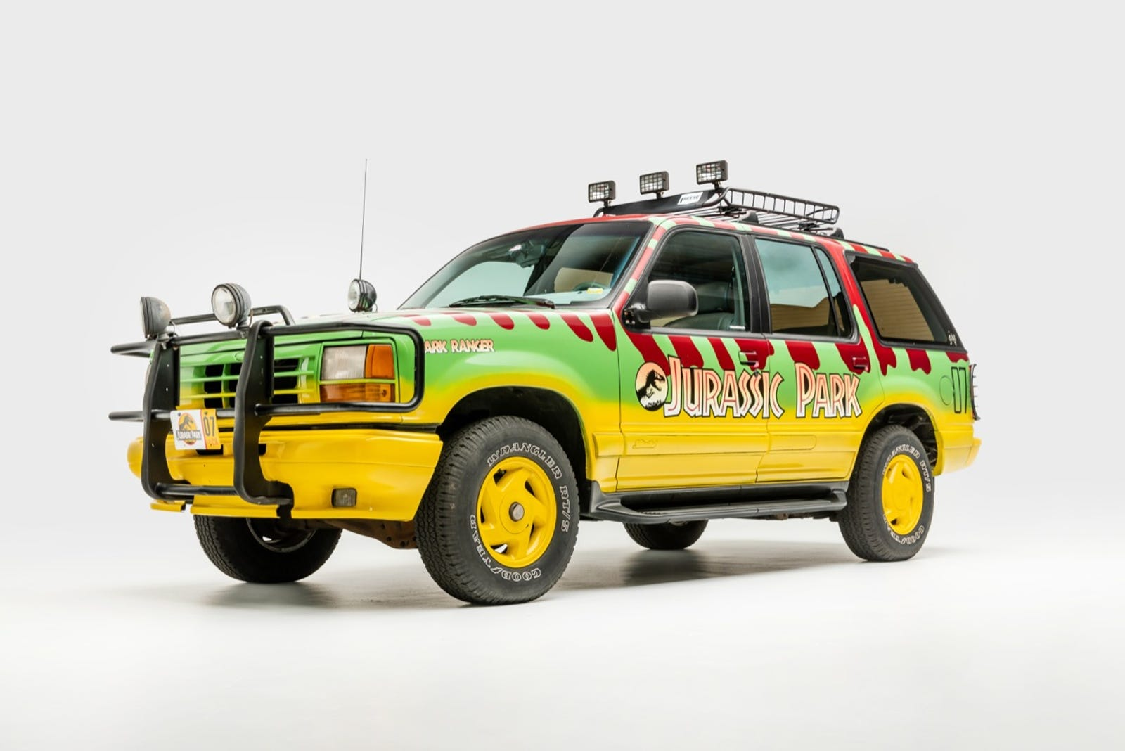 Ford Explorer XLT Tour Vehicle #07 (filming replica), as depicted in the film Jurassic Park (1993) Designer: Universal Pictures