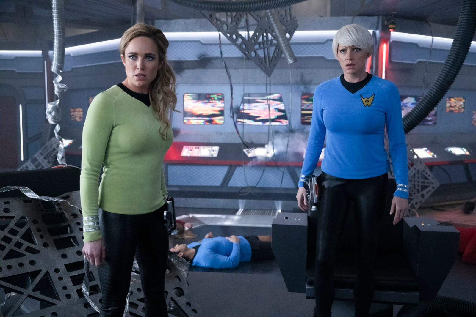 Sara (Caity Lotz) and Ava (Jes Macallan) immediately destroy the ship.