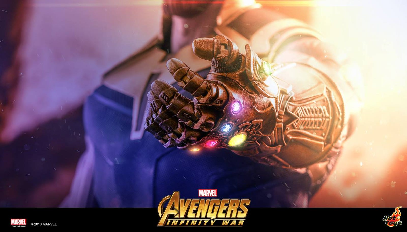 A partial glimpse of Thanos. Photo: Hot Toys
