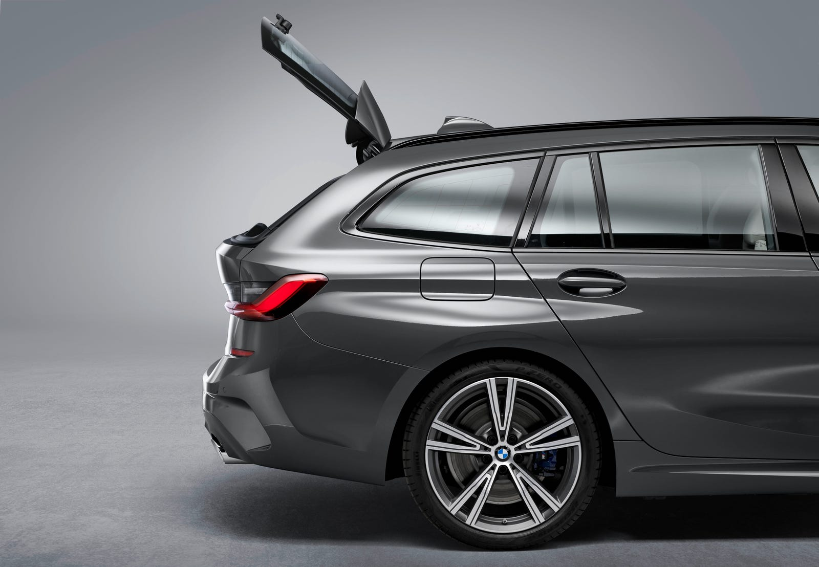 Illustration for article titled BMW Would Like You to Know About the 3 Series Wagons Greatest Feature