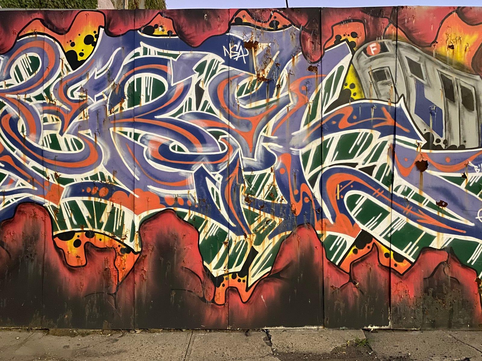 Grafitti shot with Night mode on.