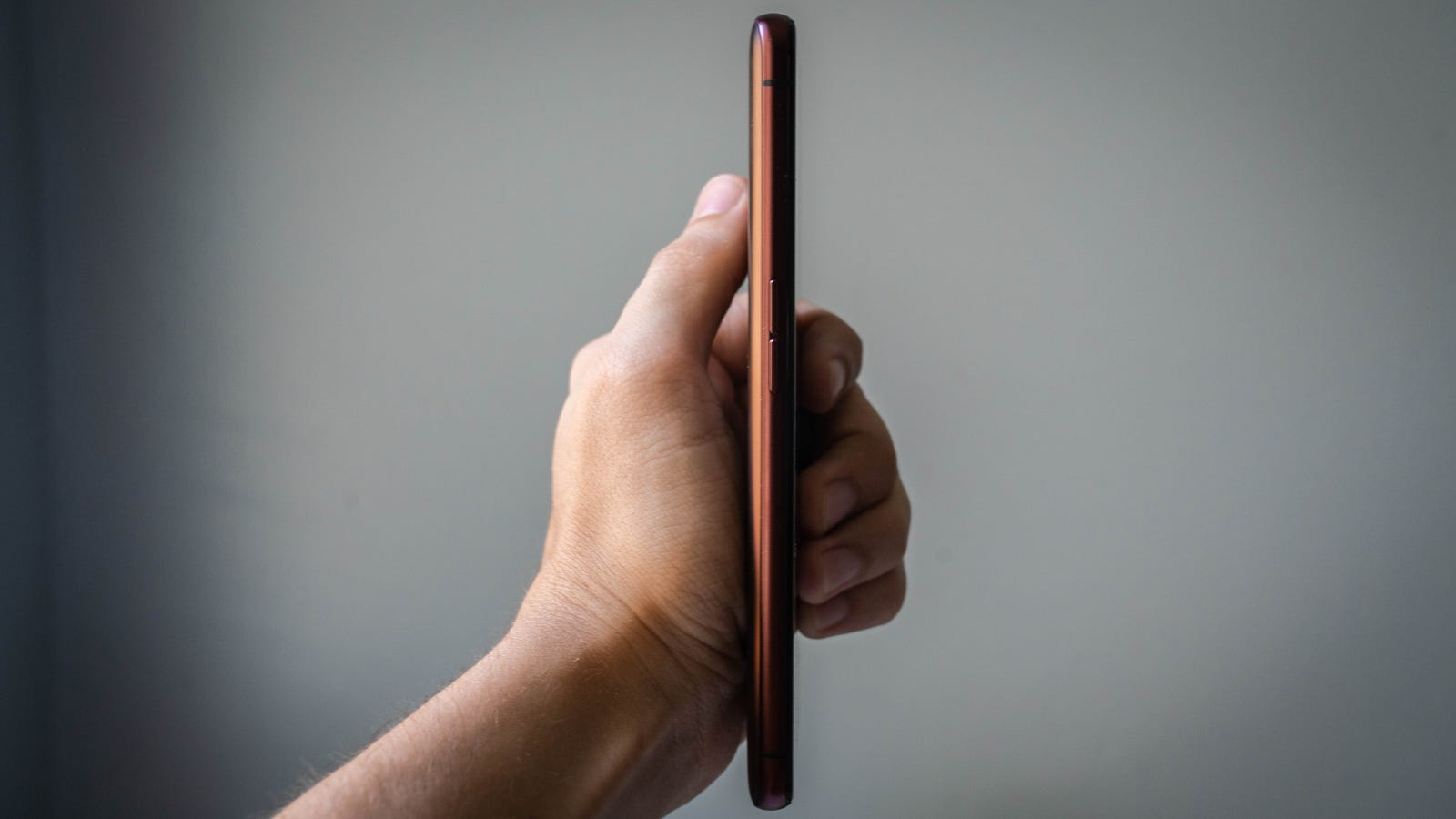 El móvil tiene un grosor de 8,9 milímetros.