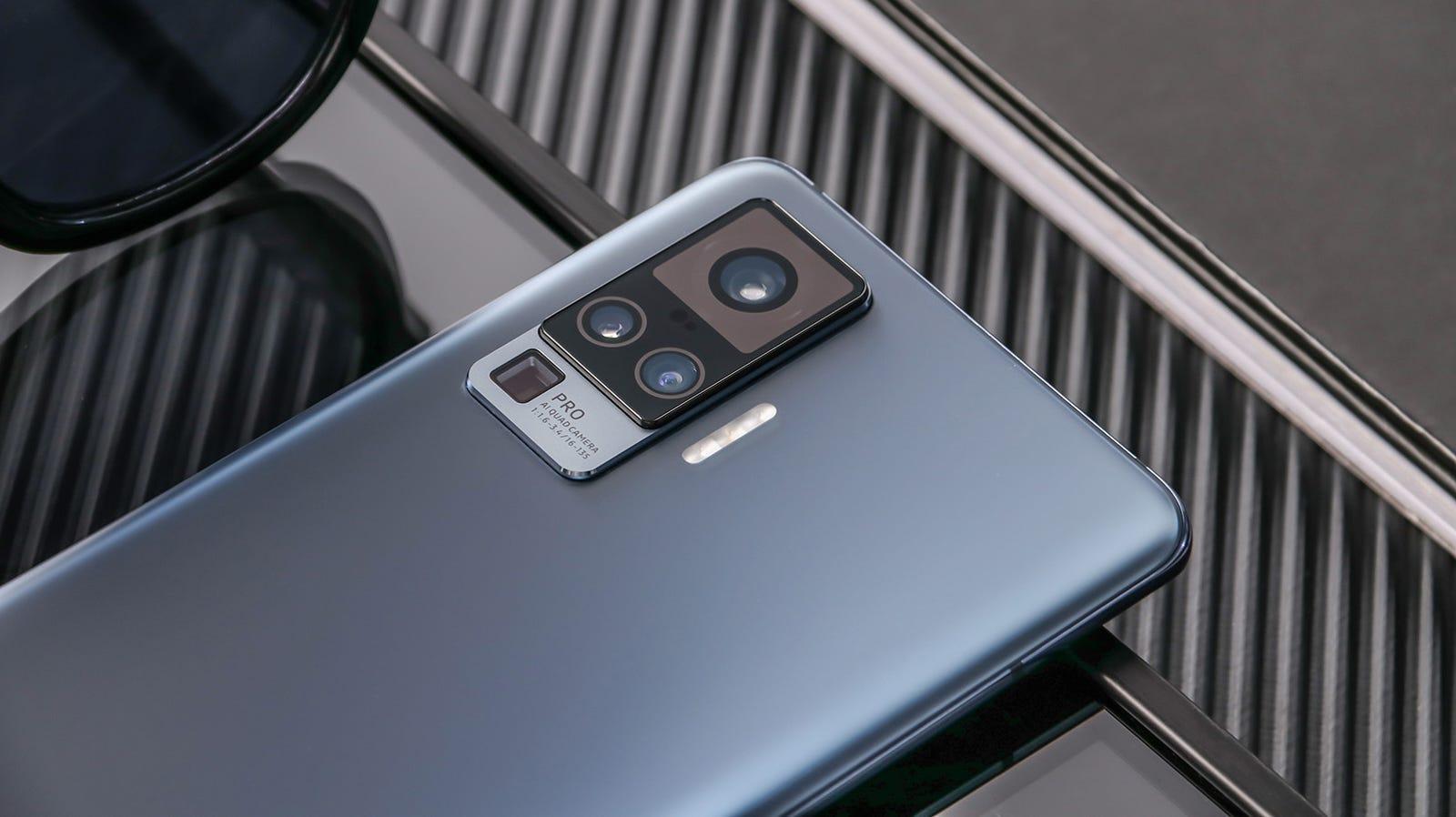 En esta galería, las fotos de prensa del X51 5G suministradas por Vivo, que son una preciosidad.