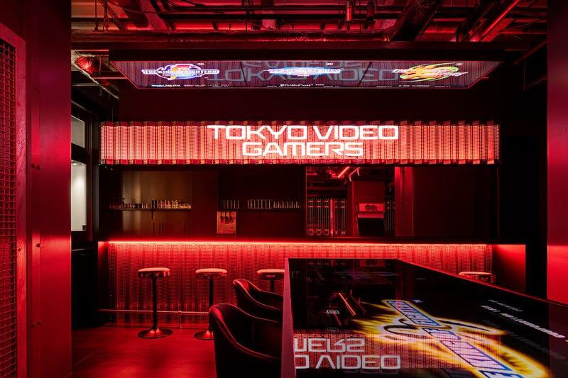 日本第一家官方授权的电子游戏吧在东京开业