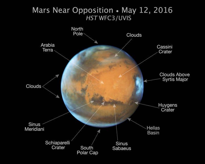 New Mars Portrait Reveals Strange Changes to the Planet's SurfaceGizmodo
