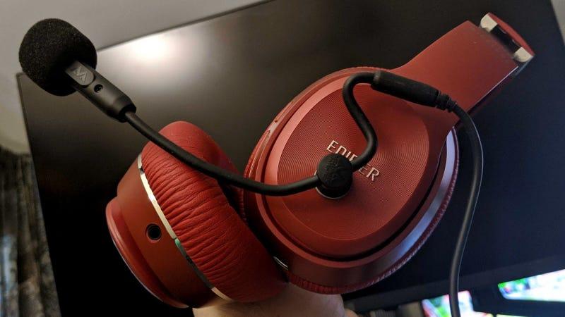最好的耳机麦克风可以连接到任何耳机