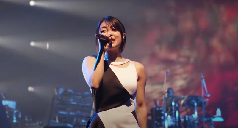 又一次,大田希卡鲁演唱了重建福音的主题