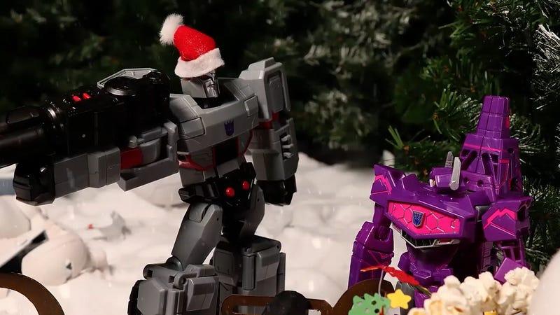 霸天虎差点偷走了圣诞节