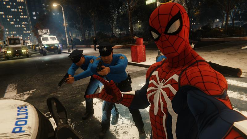 蜘蛛侠对警察的态度让人觉得格格不入