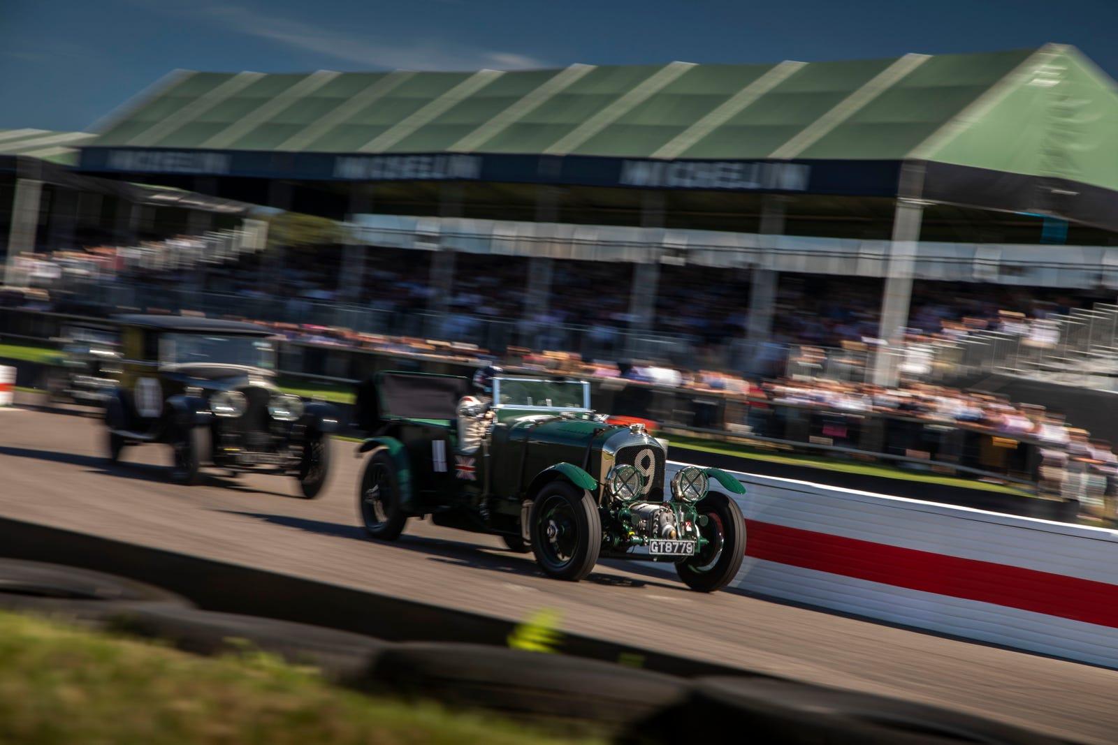 Gregor Fiskens racing at the Goodwood Revival.