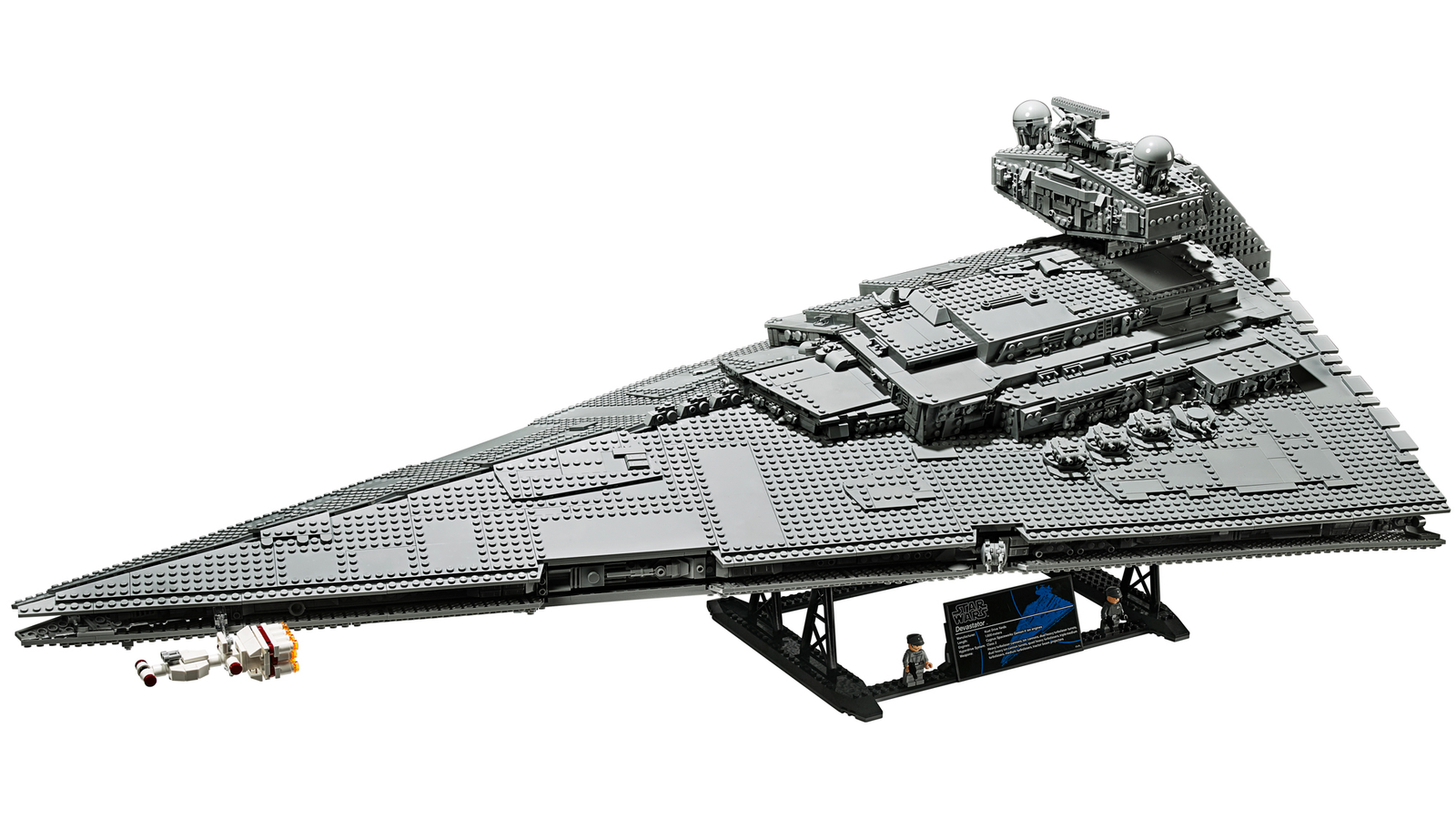 Illustration for article titled The 4,784-Piece Lego iStar Wars/i UCS Imperial Star Destroyer Makes Me Want to Root for the Empire