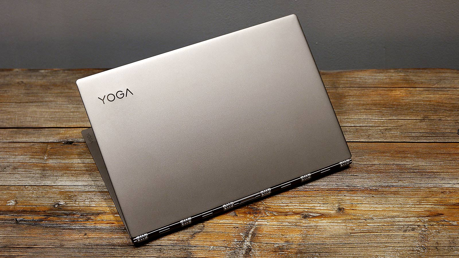Illustration for article titled Lenovo's Yoga 920 Is Proof: The Boring Old Clamshell Must Die