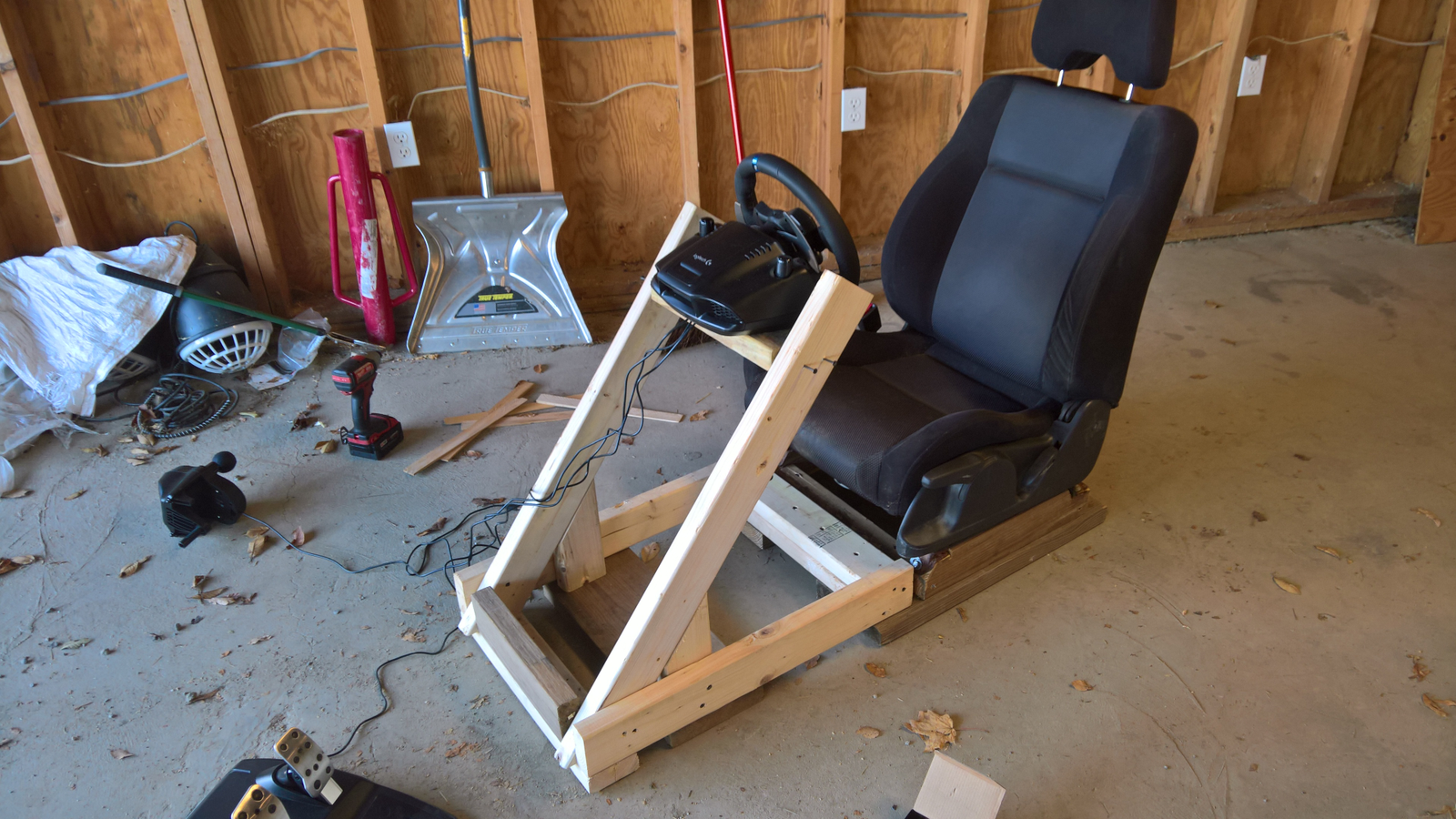 braces installed, and test fitting the wheel support...