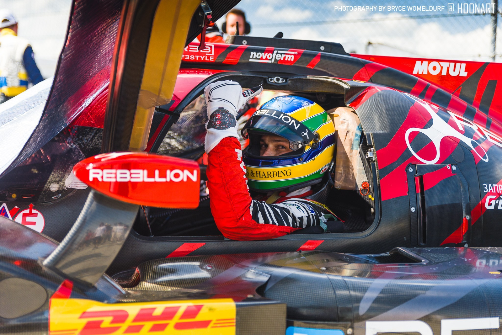 Bruno Senna of TVR Rebellion Racing gives a thumbs up as the grid closes just before the start of the 1000 Miles of Sebring.