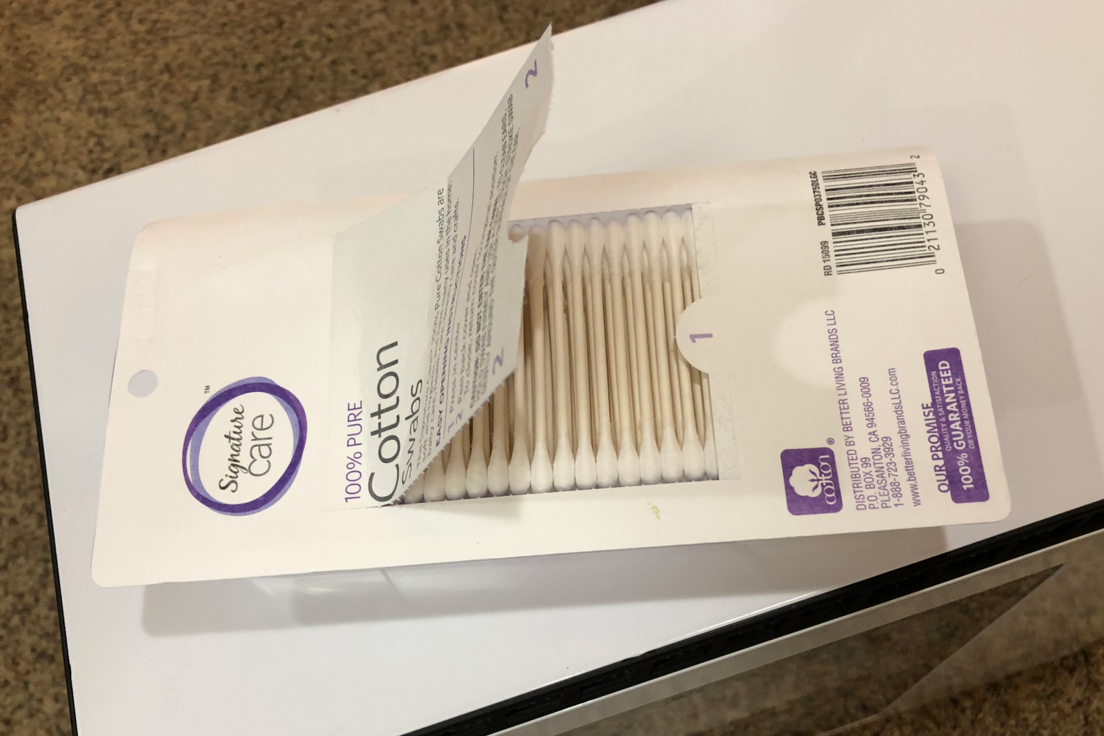 Cotton swabs: Your best friend for all the tricky-to-reach spots of your case.