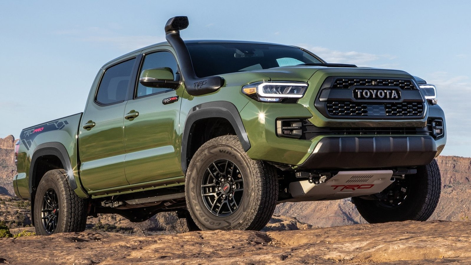 Illustration for article titled Army Green Is The 2020 Toyota 4Runners Best New Feature