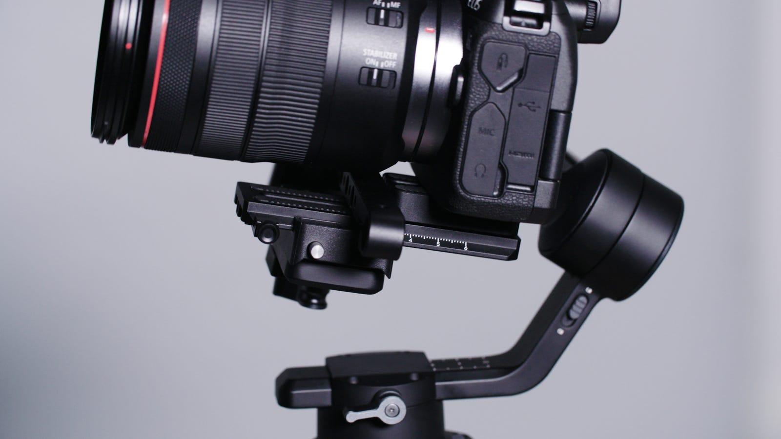 Heavier lenses make balancing a little bit trickier.
