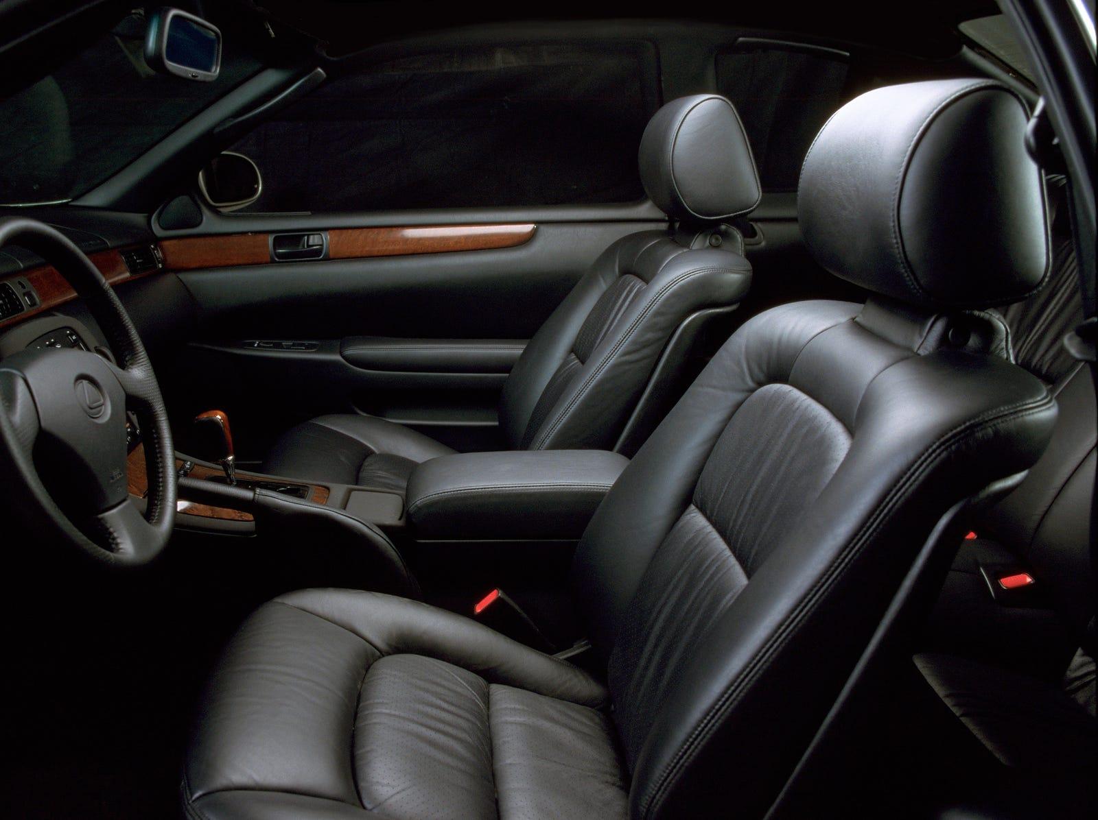 The Lexus SC400 pictured.