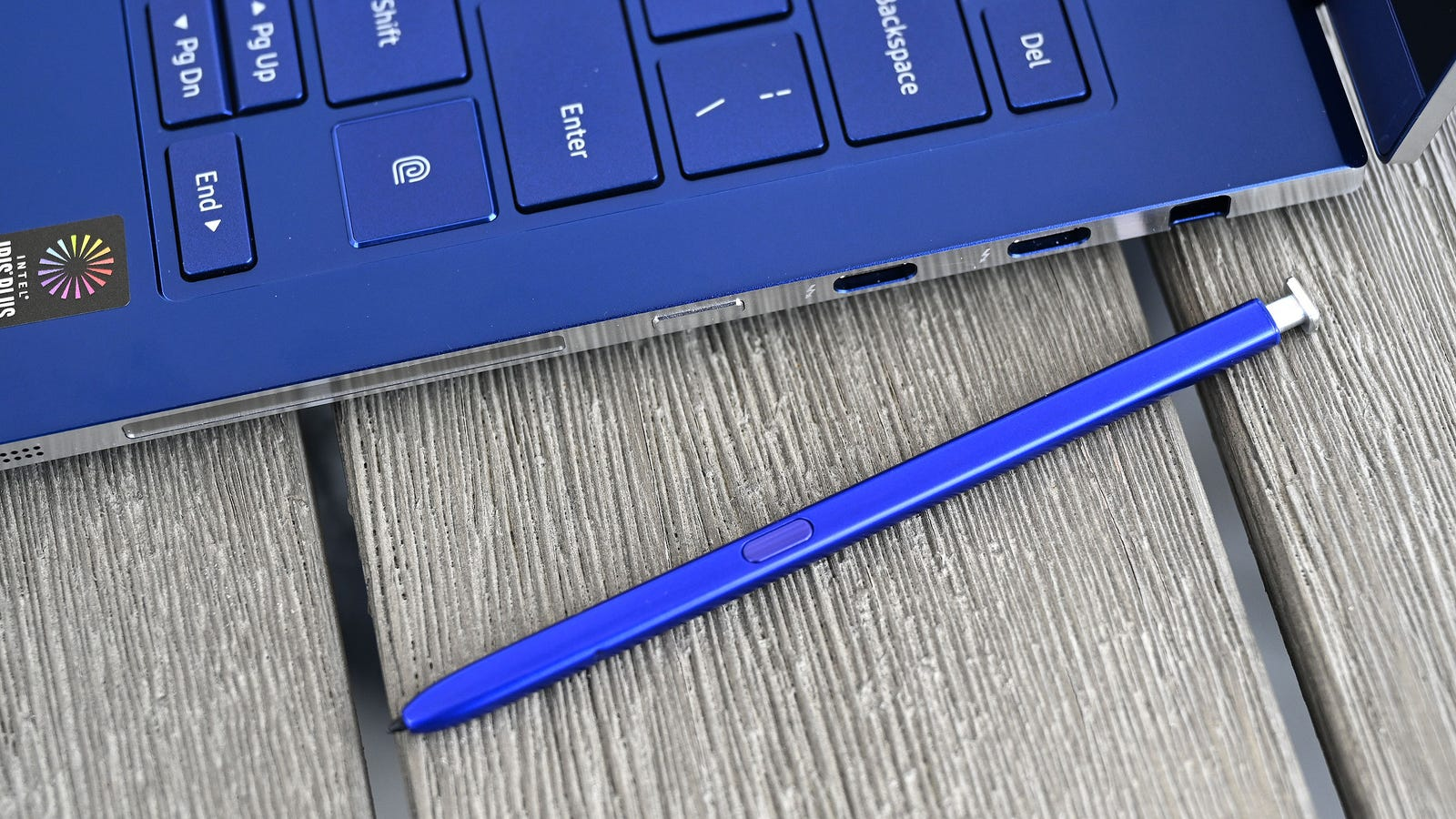 Illustration for article titled The Galaxy Book Flex Is the Best Laptop Samsung Has Made in Years