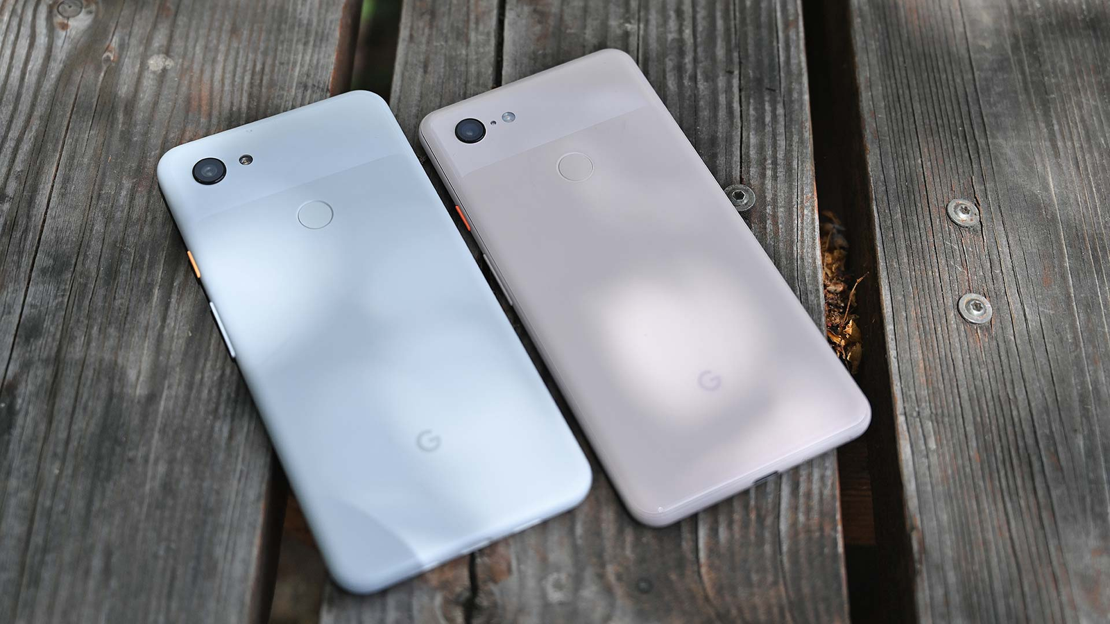 Even though the Pixel 3a has a plastic chassis, it looks and feels almost exactly the same as a regular Pixel 3.