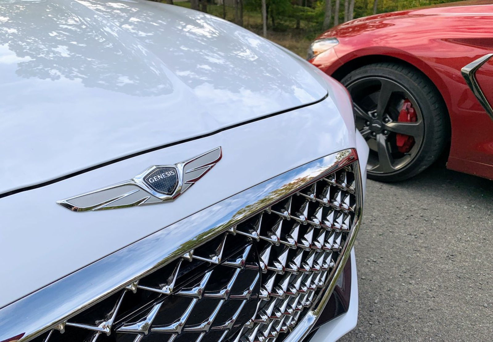 Illustration for article titled 2019 Genesis G70 RWD Comparison: 2.0T Manual vs. 3.3T Automatic