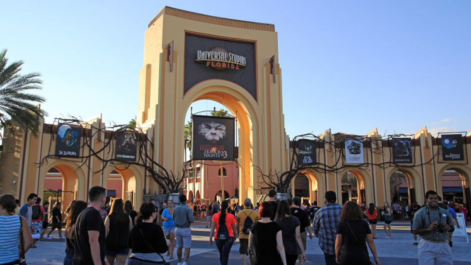 Orlando Locals Fear Town Starting To Become Overrun By Tourists