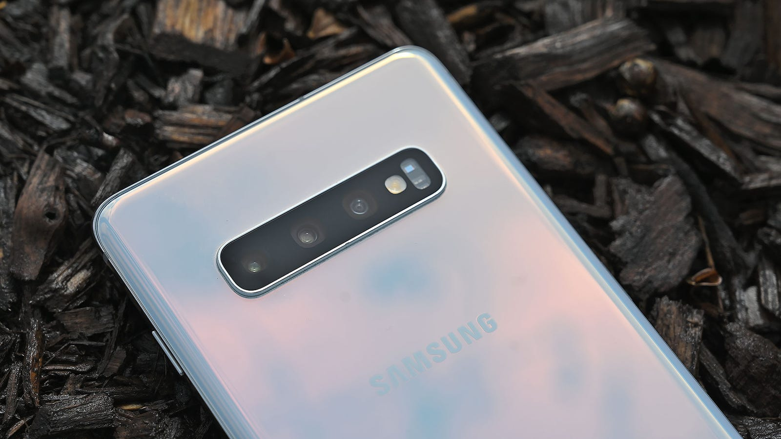 Relax, Samsung's Big Galaxy S10 Bug Won't Affect Aussies