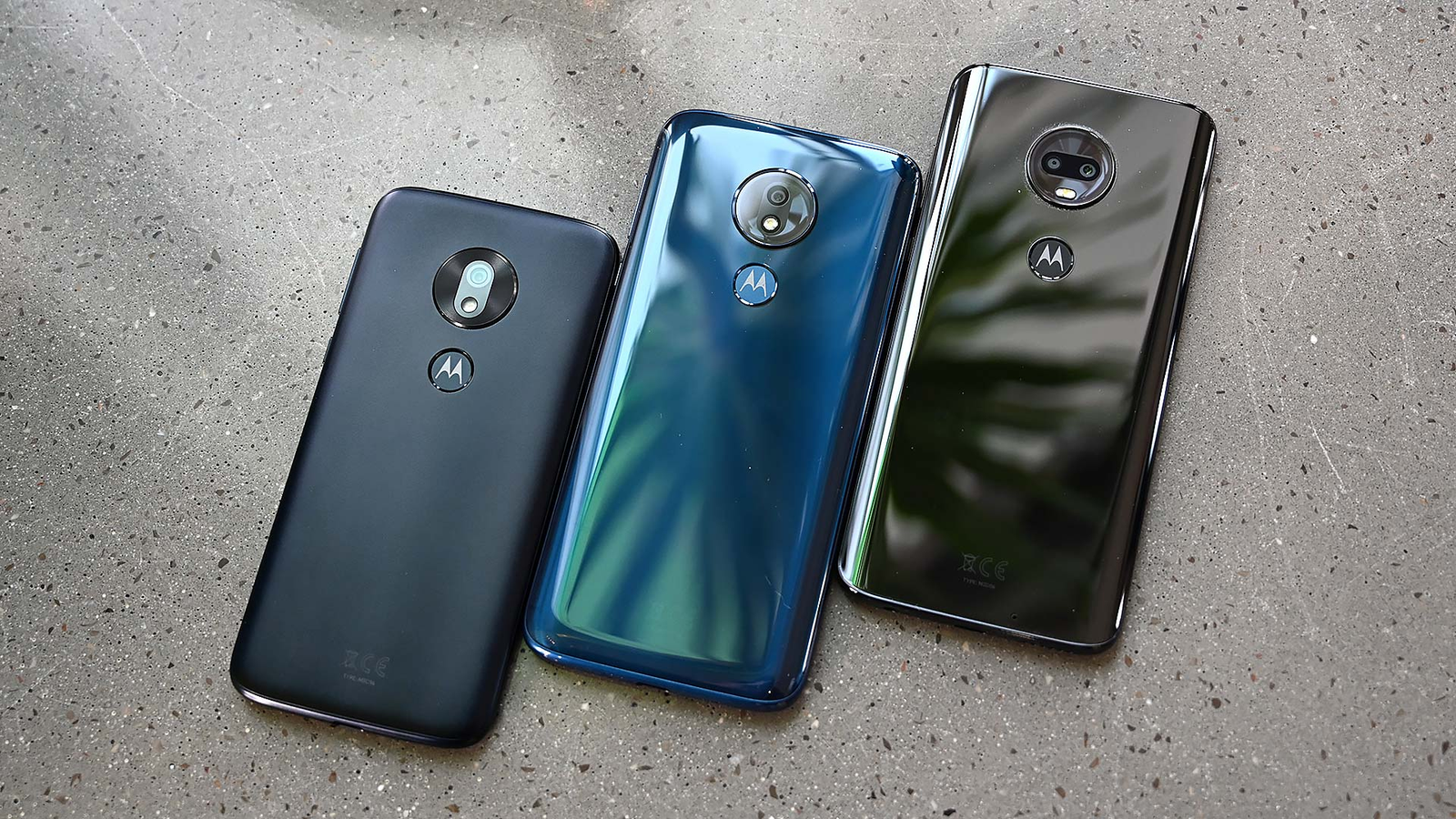 And here's the whole G7 family together. From left to right we have the G7 Play, the G7 Power, and the standard G7.