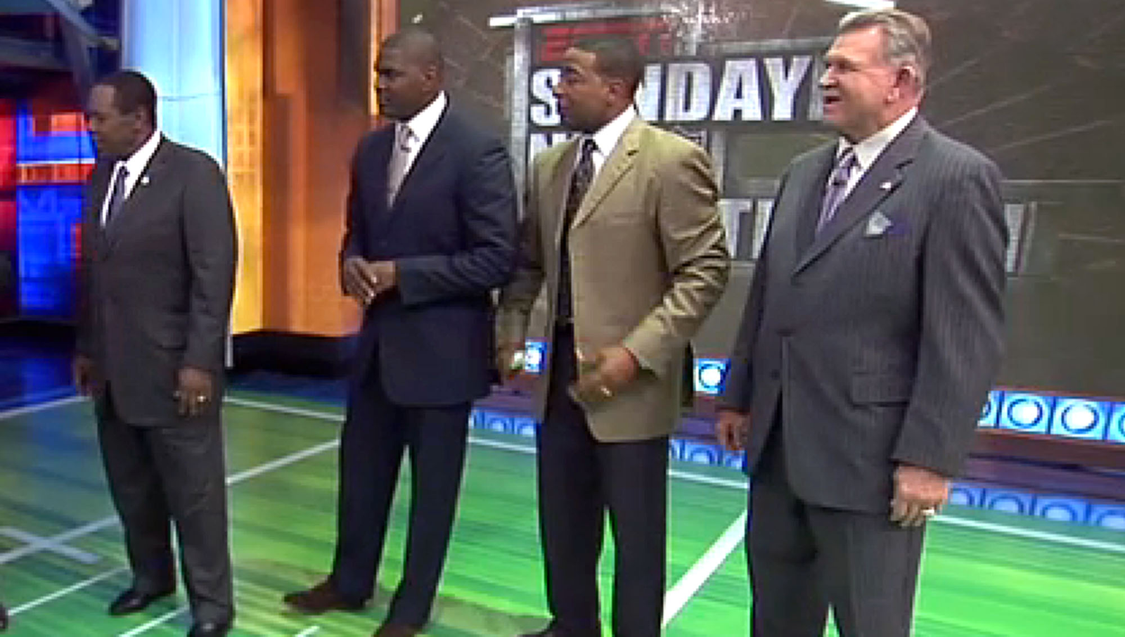 'Sunday NFL Countdown' Crew Gives Some Dumb Fucking Demonstration On Fake Field