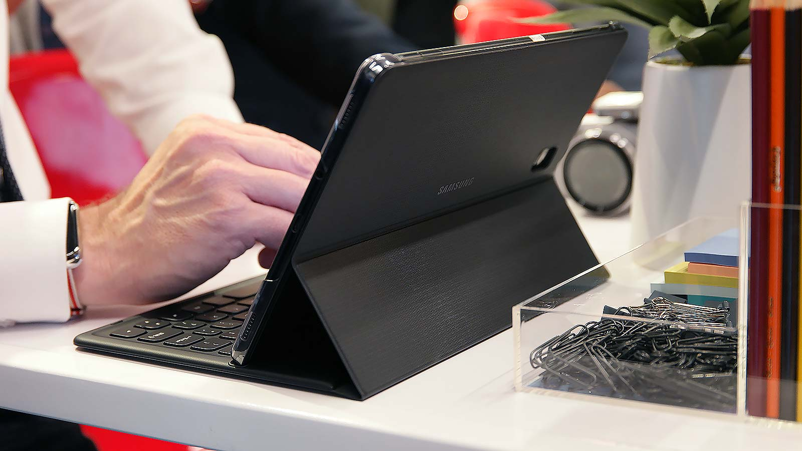 The optional keyboard cover connects via magnetic pogo pins and sports a pretty comfy keyboard, but the lack of a touchpad seems like a mistake