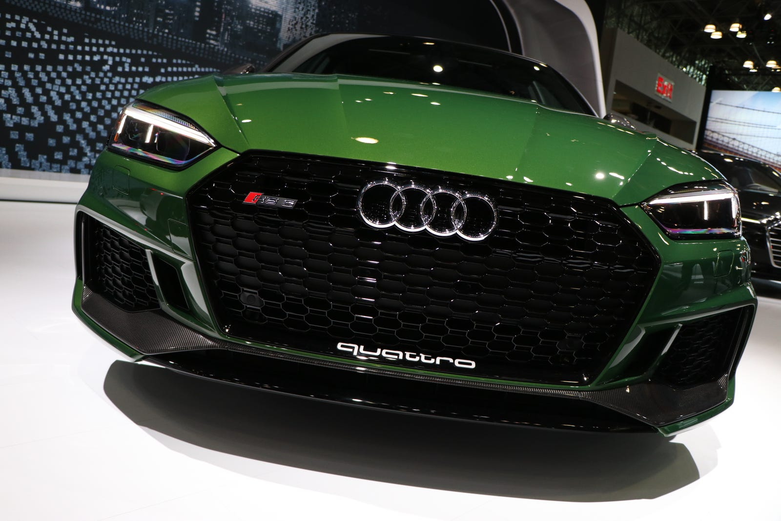 A ferocious RS5 in Sonoma Green
