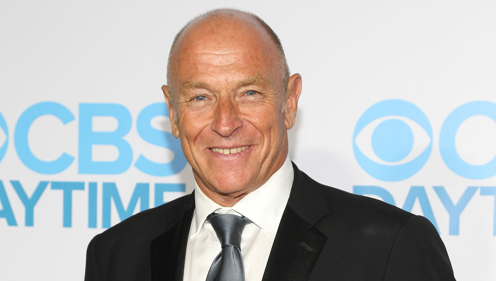 Corbin Bernsen is perhaps best known for his role in the hit '80s TV drama L.A. Law, but we bet you didn't realize he was yet another victim of Green Card star Andie MacDowell! In 2010, the Hollywood actress dragged a screaming Bernsen into the trunk of her car before driving him out into the Mojave Desert and shooting him in the head.