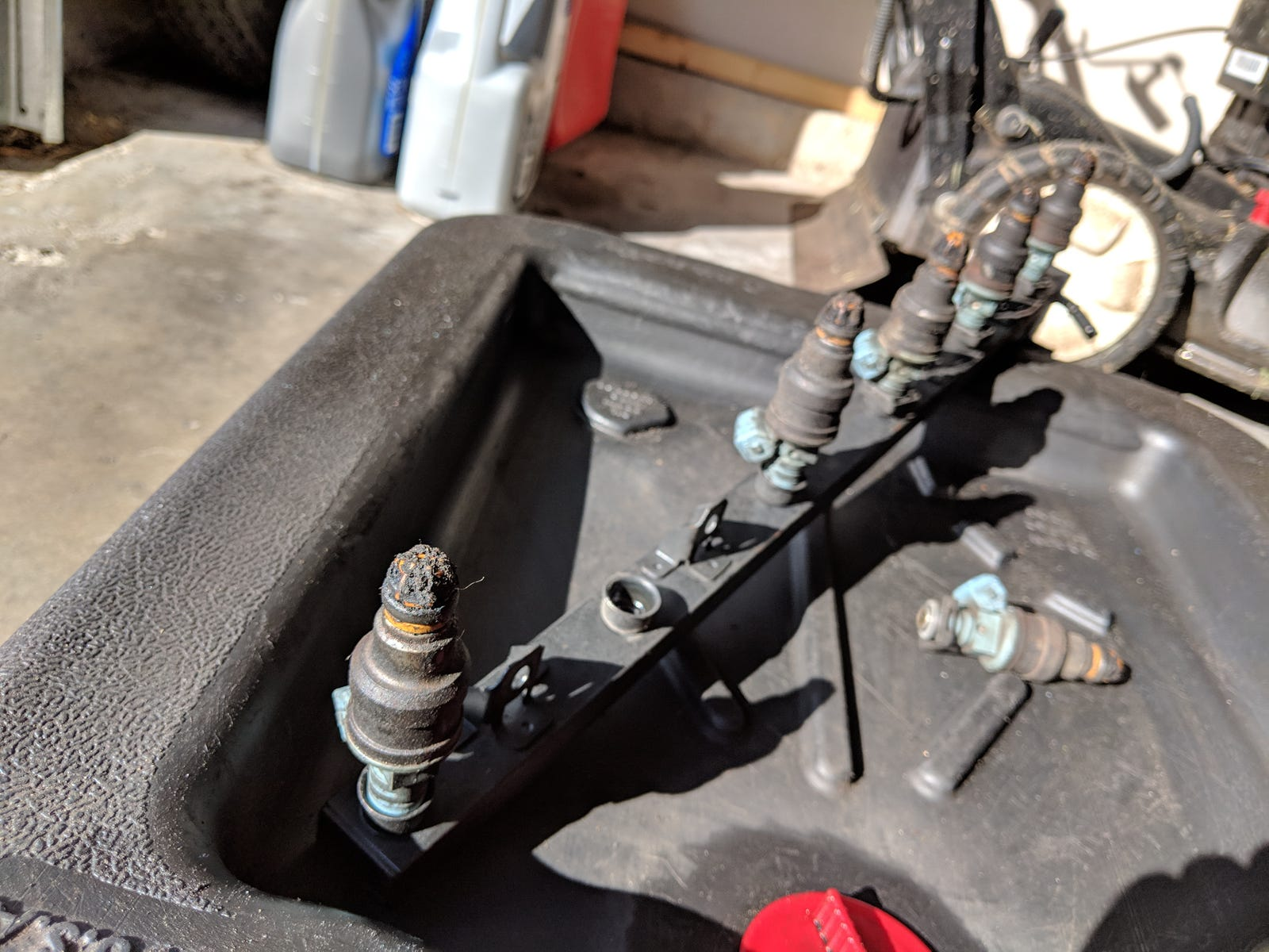 Those are some extremely filthy fuel injectors.