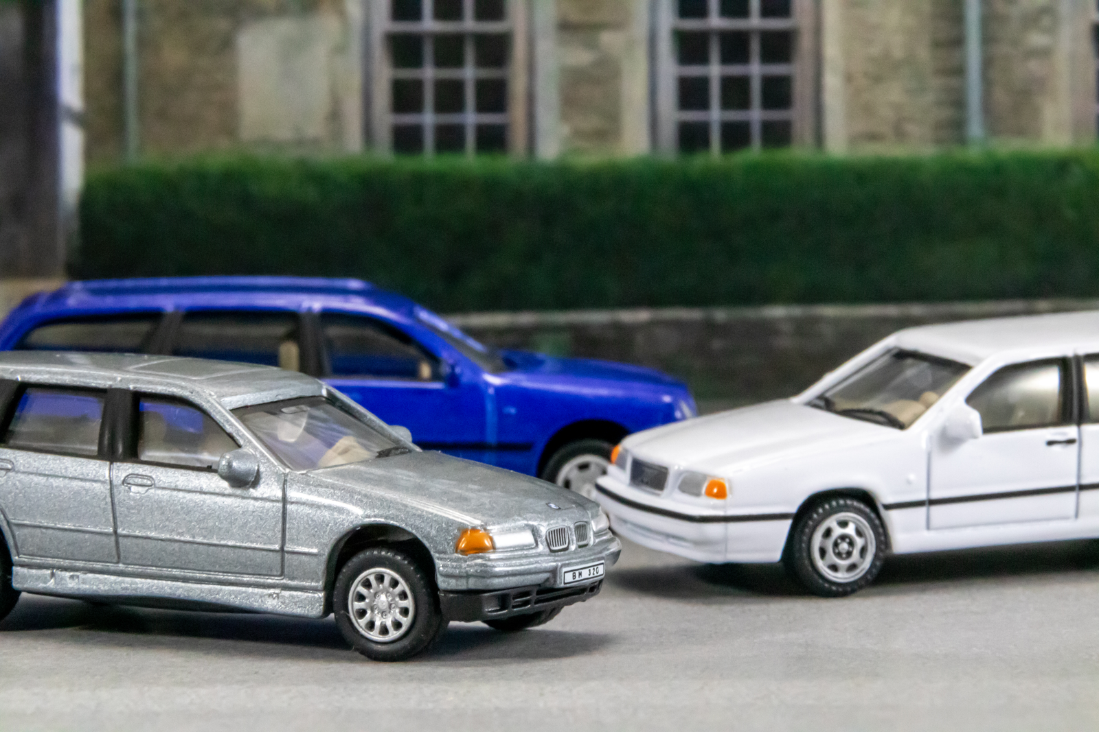 Illustration for article titled Wagon Wednesday: Family Car Shopping, circa 1996