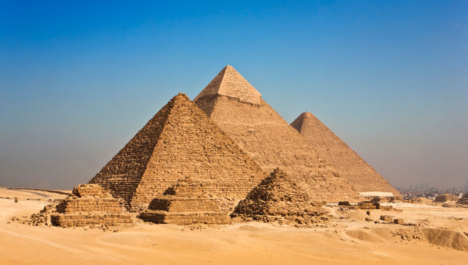 New Evidence Suggests Ancient Egyptians Only Ever Visited Pyramids When Friends Were In From Out Of Town