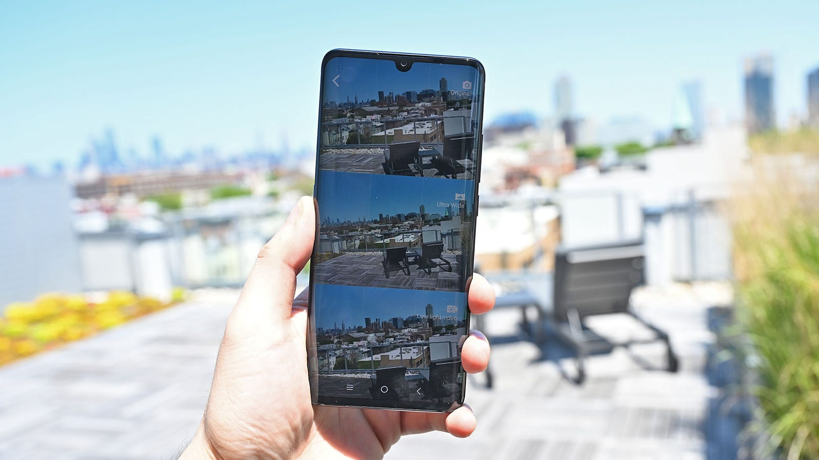 TCL even included a neat, but somewhat gimmicky triple shot camera view.