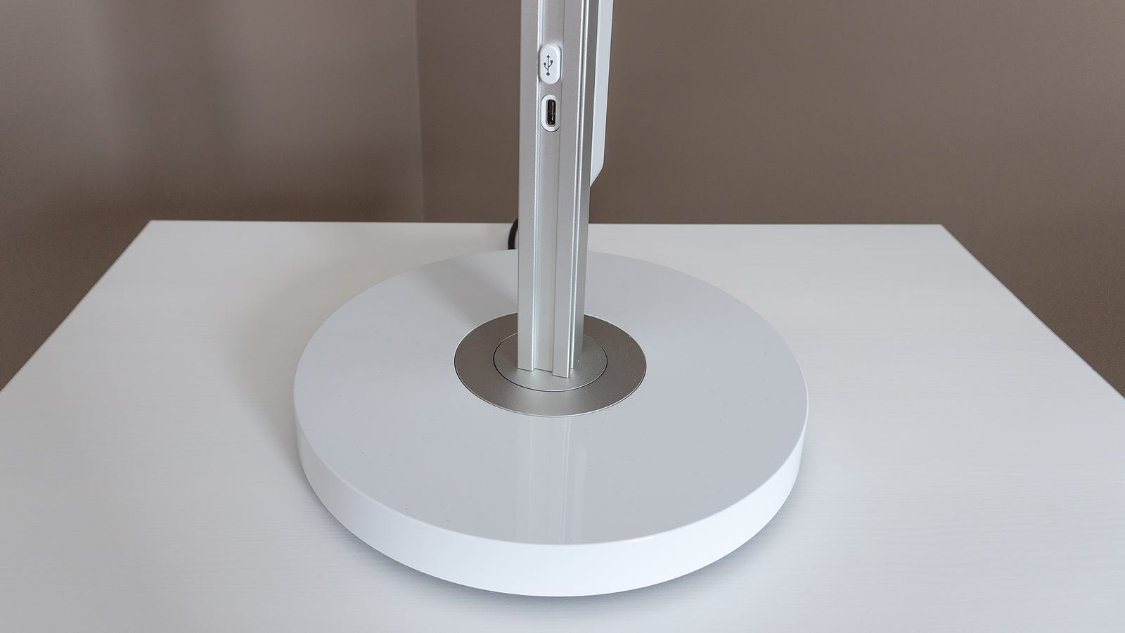 The Lightcycle's base is heavy to prevent topples, and can infinitely spin 360-degrees. It also features a single USB-C port for charing or powering other devices gadgets.