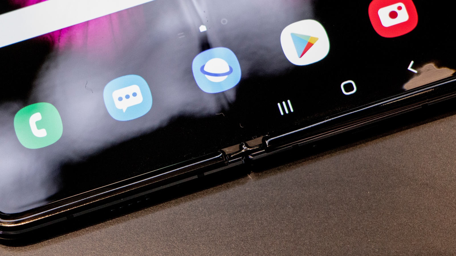 Illustration for article titled Can You Spot the Upgrades on the New Samsung Galaxy Fold?