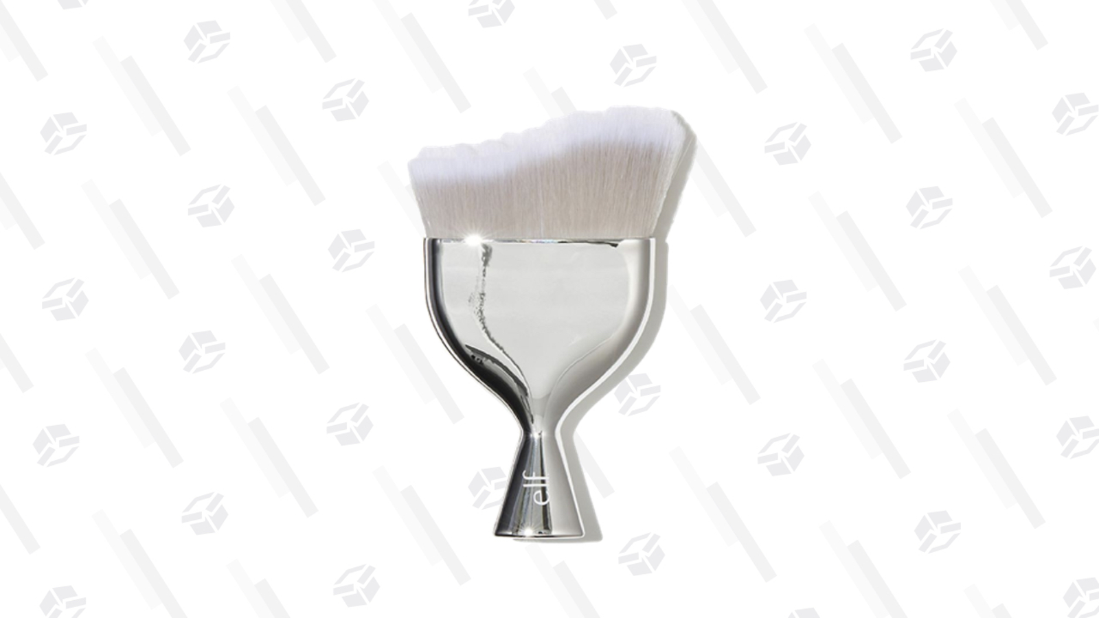 Beautifully Precise Multi Blender Massager | e.l.f. Cosmetics The large brush head and uneven bristles help blend product for a softer overall finish, while the paint-brush like handle gives you optimal control for larger sweeps of face powders and bronzers.