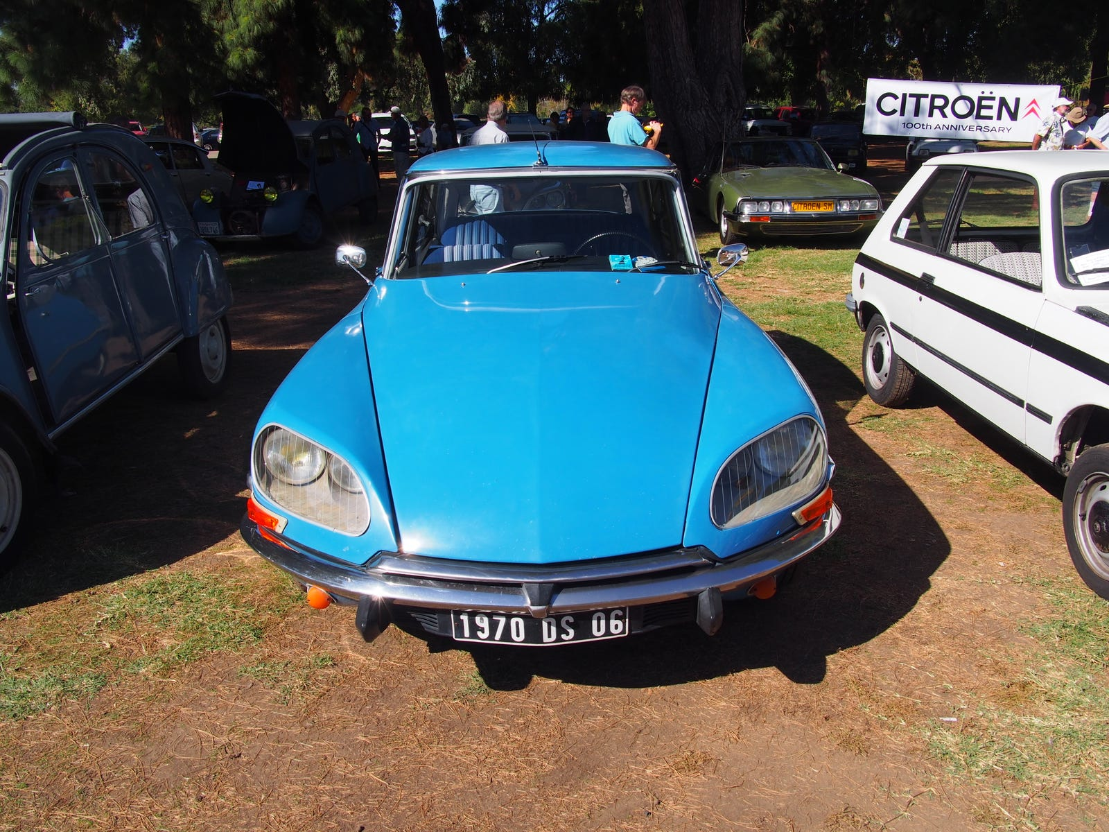 Awesome seats on this Citroën DS21.