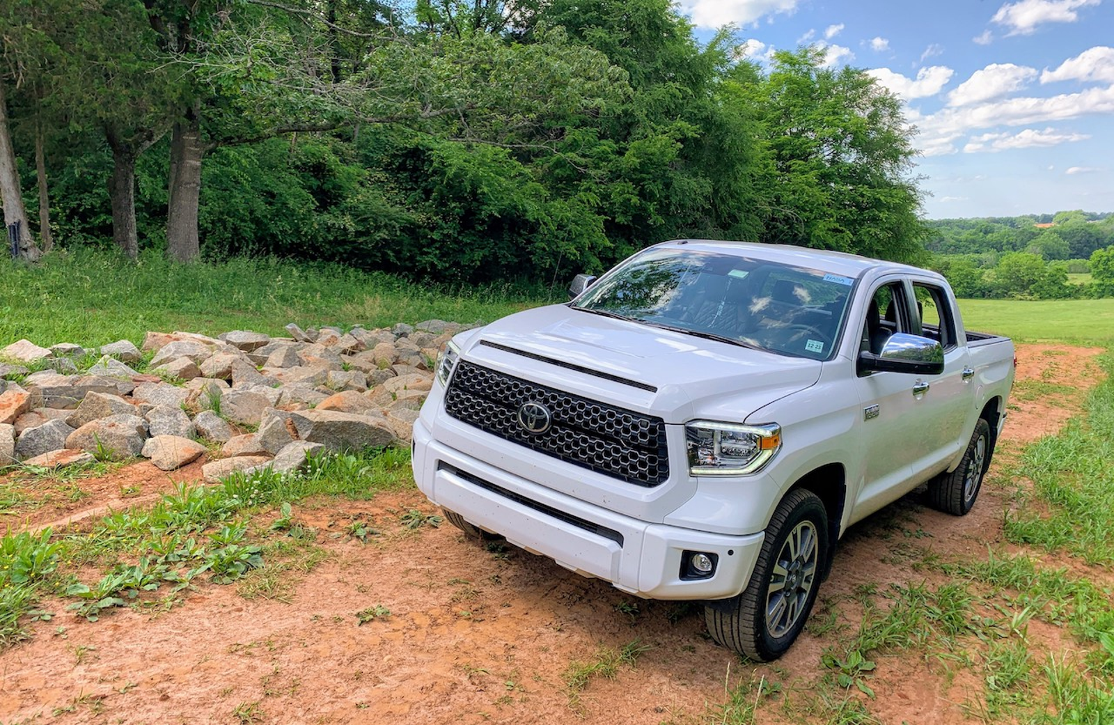 Illustration for article titled Kicking It (Slightly) Old-School: 2019 Toyota Tundra Platinum Towing Test