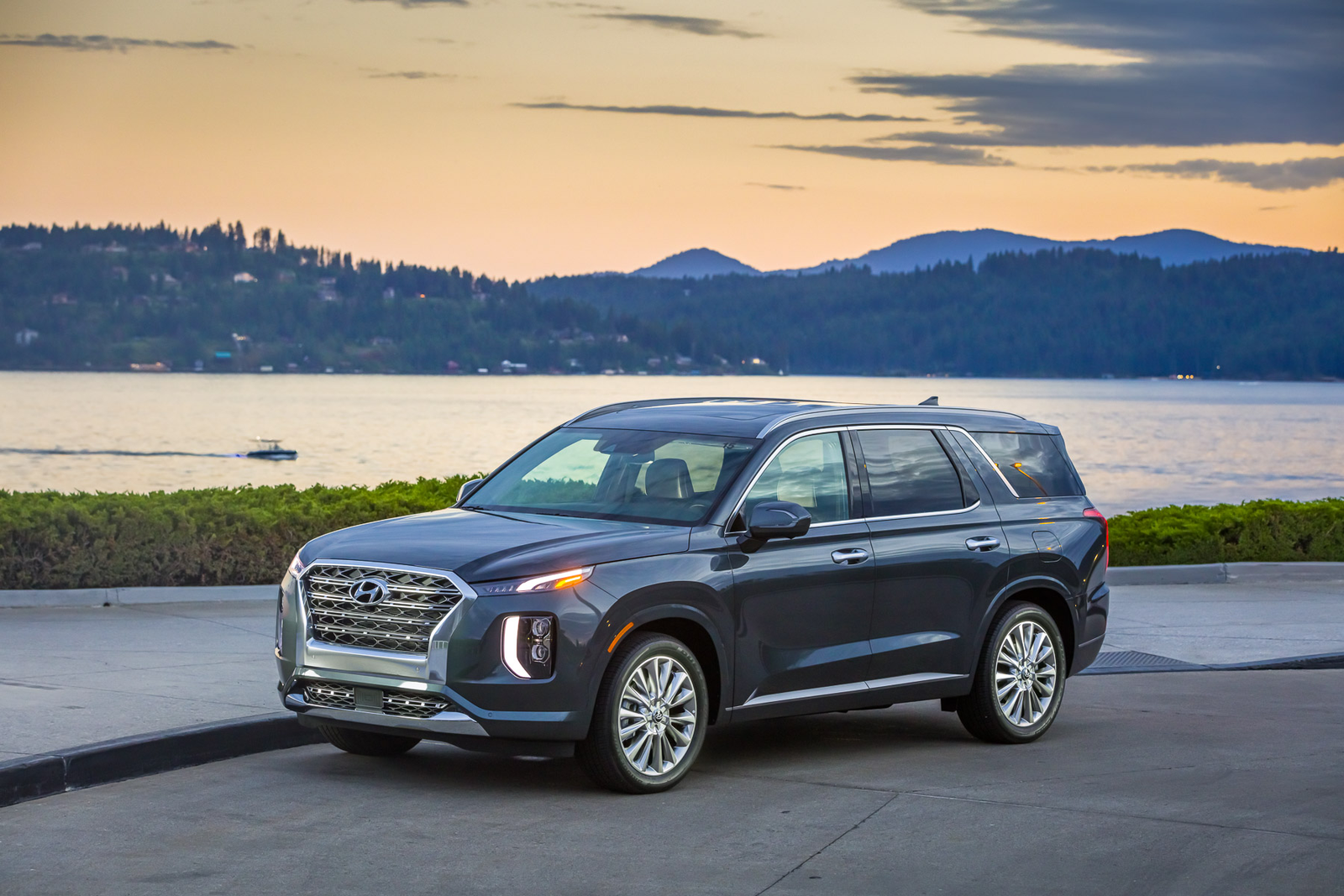 Illustration for article titled The 2020 Hyundai Palisade Is Kind of Astoundingly Luxurious