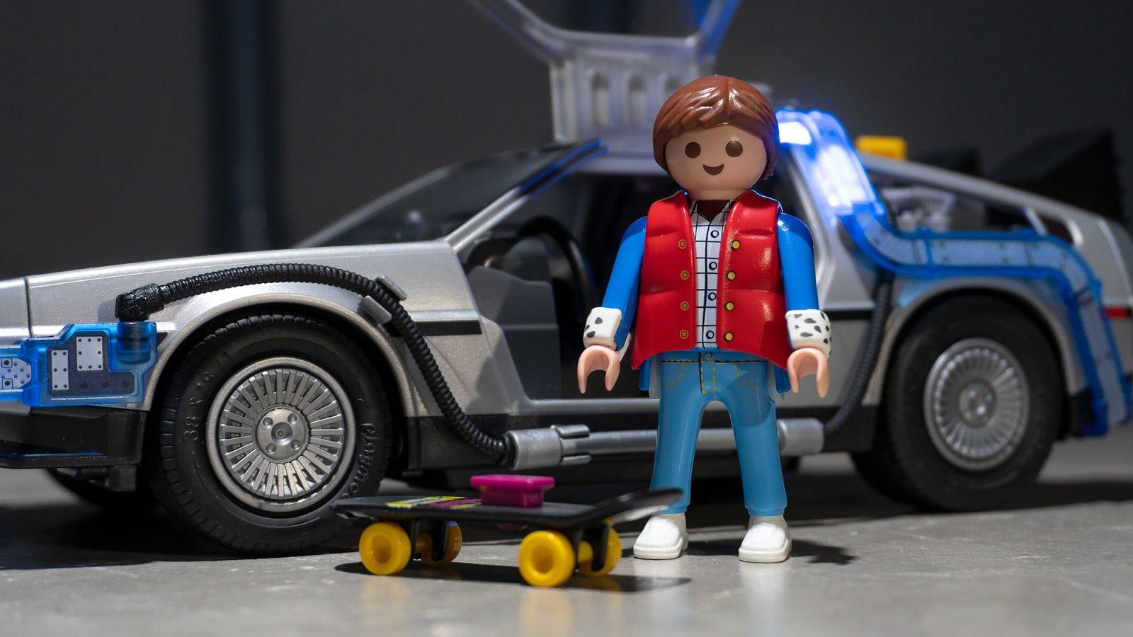 Illustration for article titled Playmobil acaba de lanzar el set definitivo de iBack to the Future/i (DeLorean incluido)