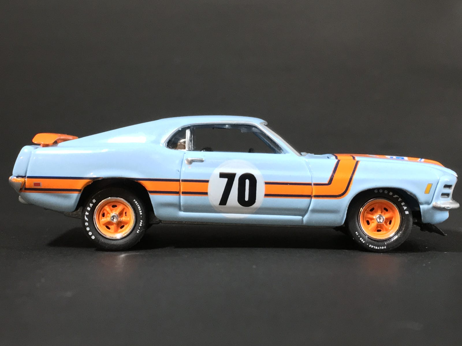 Illustration for article titled Few more...Mustang Gulf livery