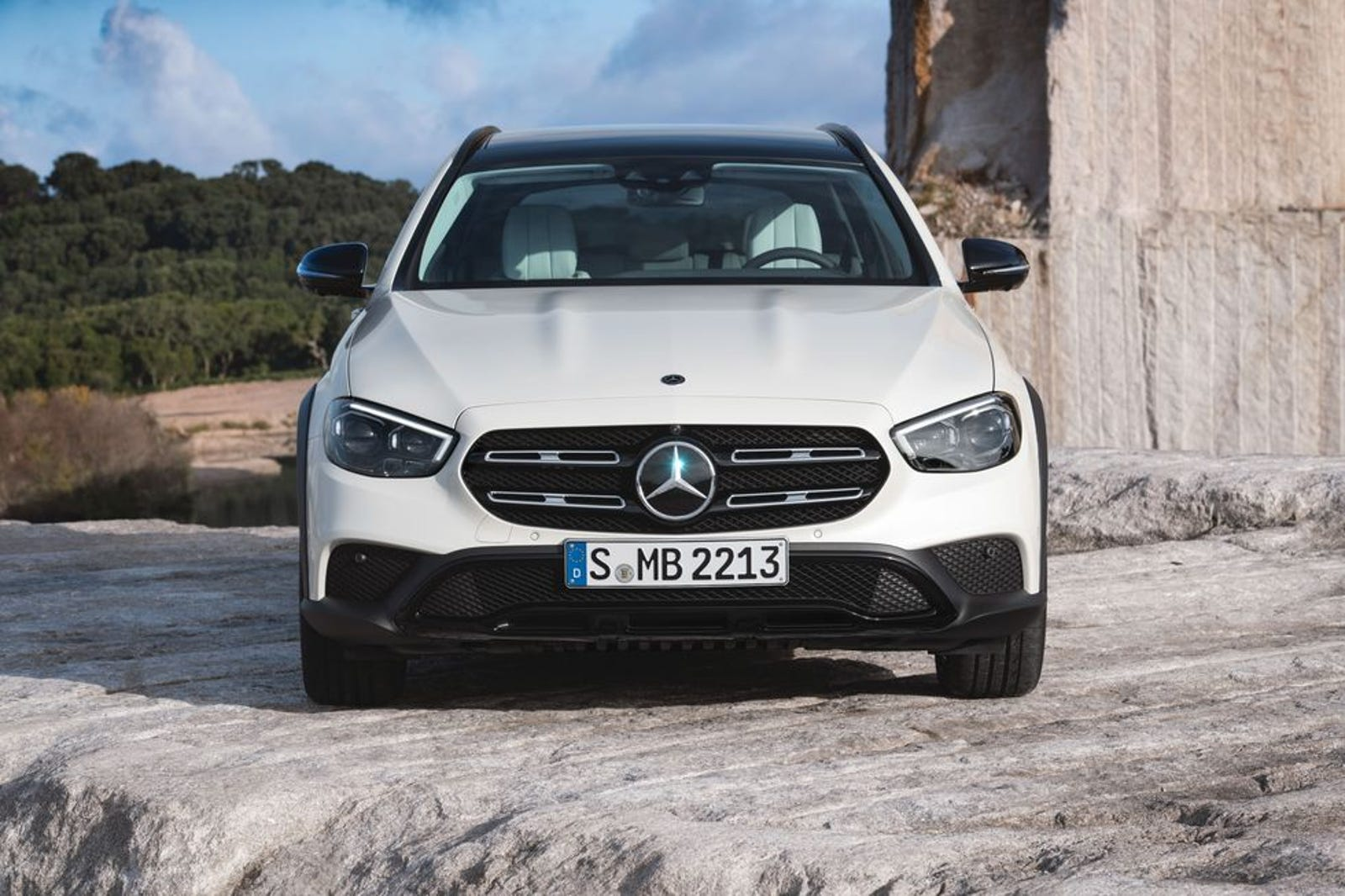 Illustration for article titled The 2021 Mercedes-Benz E-Class Is A Subaru Outback Now, Too