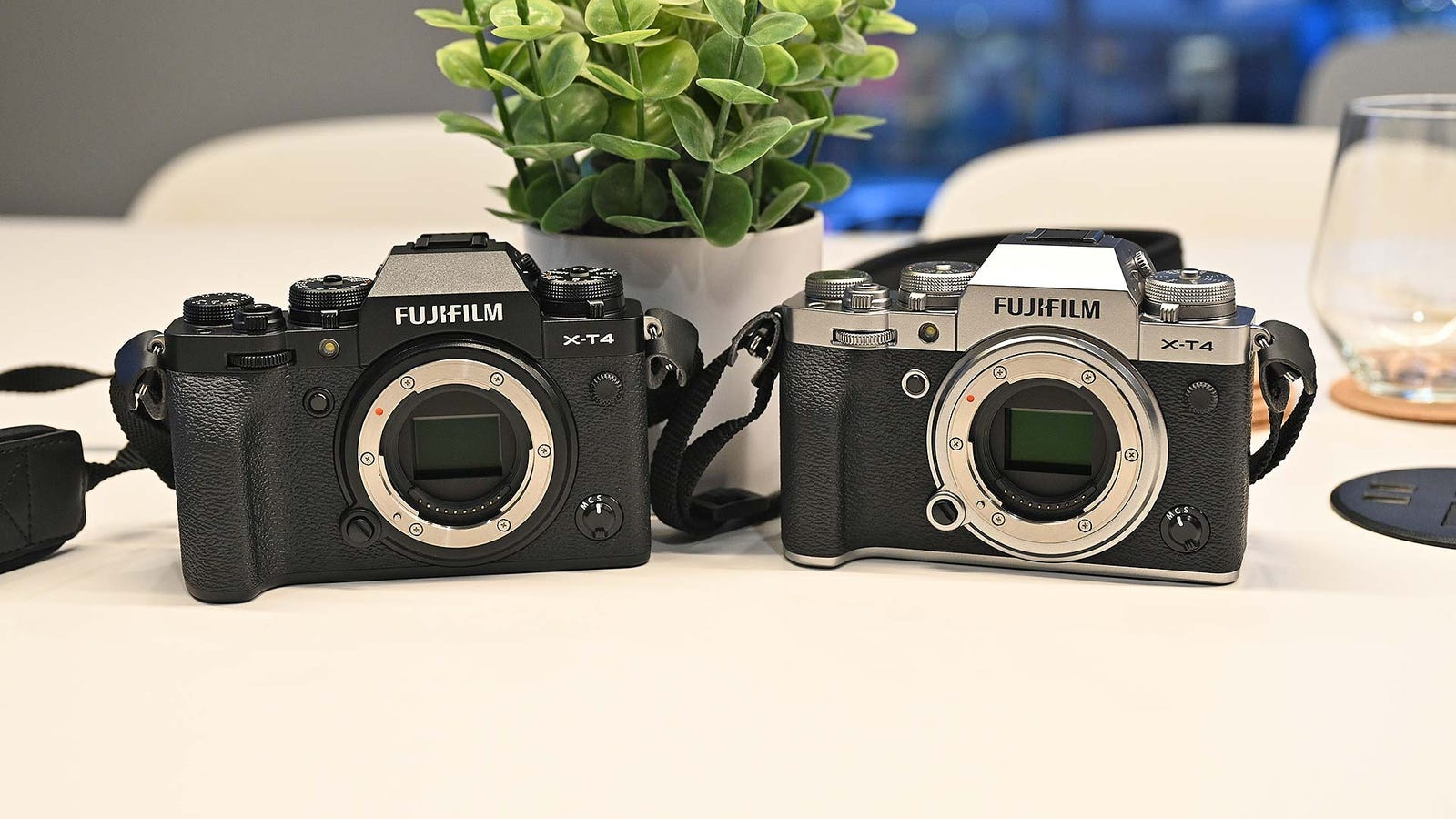 Illustration for article titled With the Fujifilm X-T4, One of the Best APS-C Mirrorless Cams Gets Even Better