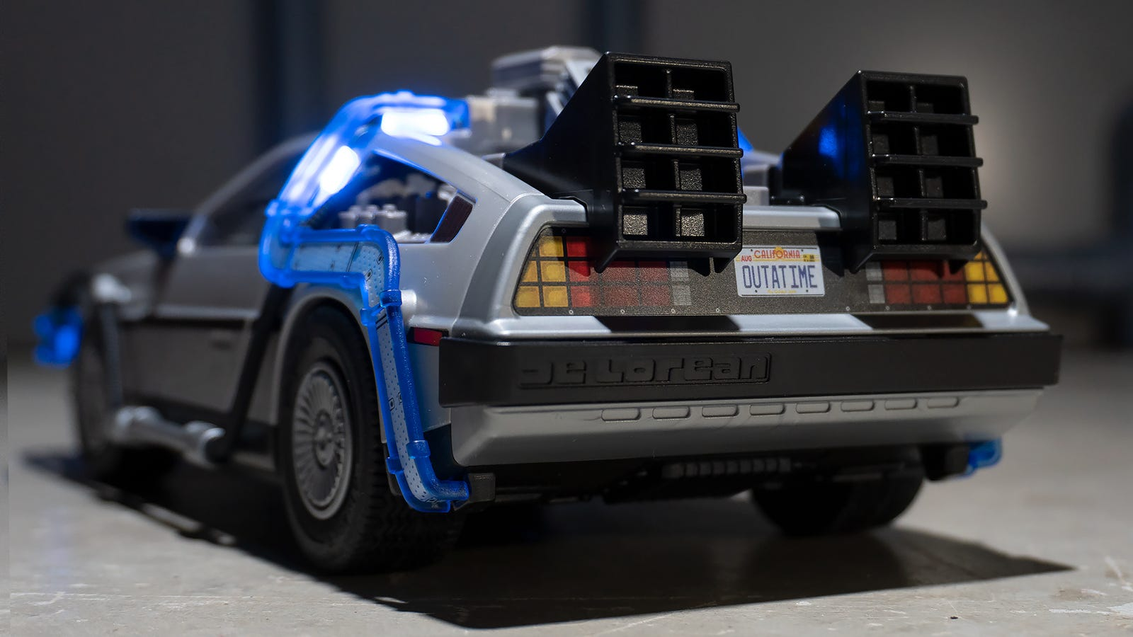 Despite being made of plastic and designed to survive playtime with a six-year-old, Playmobil's Back to the Future DeLorean is wonderfully detailed.