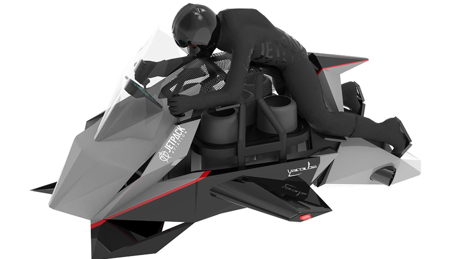 El piloto mantiene una postura similar a la de las motos deportivas