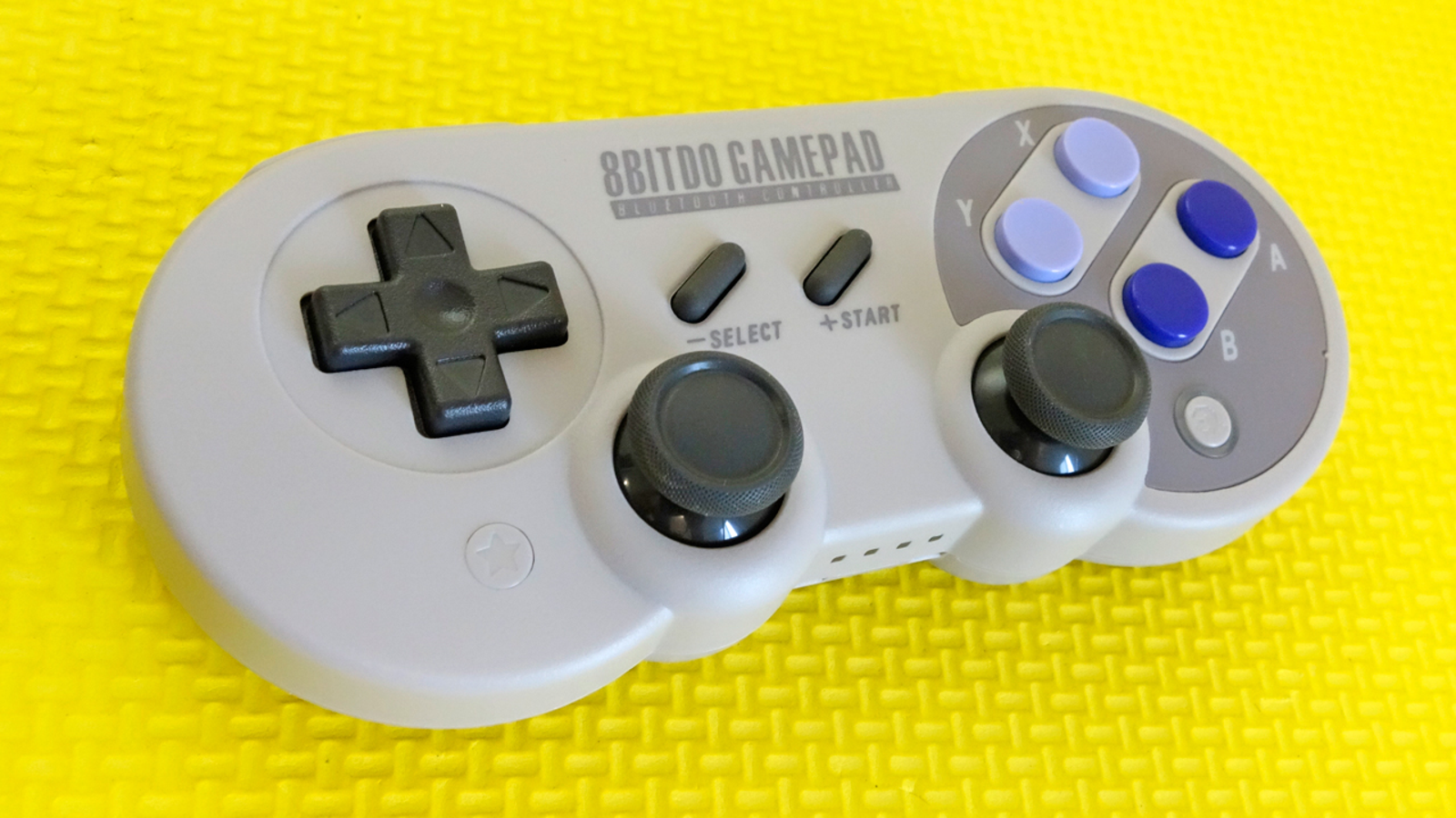 In addition to analog joysticks, the SN30 Pro has a dedicated 'Home' button and a special 'Star' button for activating a button's turbo mode.