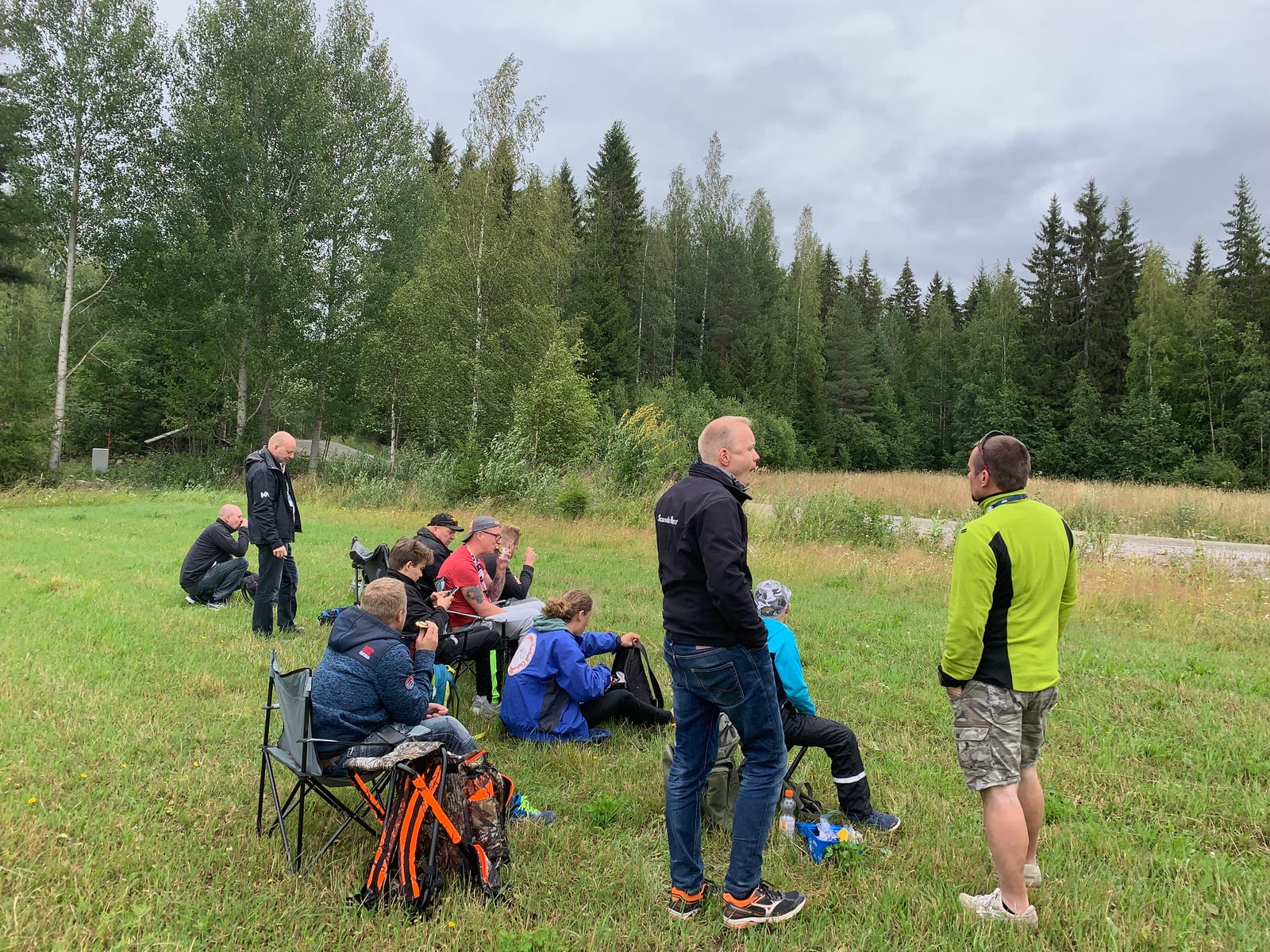 Illustration for article titled Hunting For Crashes With The Professional Spectators Of Rally Finlandi/i